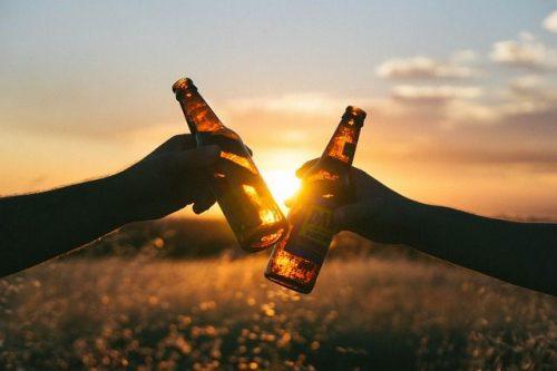 Azúcar o alcohol: ¿qué hace más daño?