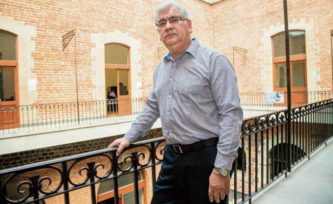 Gobiernos escondieron carpetas de espionaje; algo temían: Ruiz Abreu