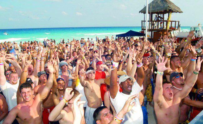 """Difunde EU alerta de viaje para los """"spring break"""" en México"""